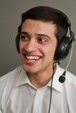 Type attirant dans des écouteurs 2 Images libres de droits