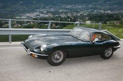 Type classique du sud du Tyrol cars_2014_Jaguar E Photographie stock libre de droits