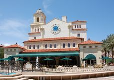 Type colonial Palm Beach d'architecture Photographie stock libre de droits
