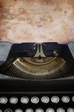 Typewriter with blank page Royalty Free Stock Photos