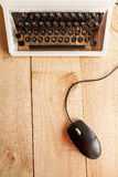 The typewriter and mouse Royalty Free Stock Photography