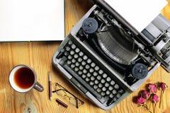 Typewriter retro desktop Royalty Free Stock Photography