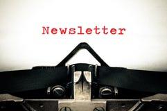 Typewritter mit dem Wort Newsletter Lizenzfreie Stockfotos