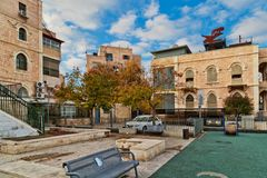 A typical courtyard near to Kheil ha-Handasa in the center of Je Stock Image