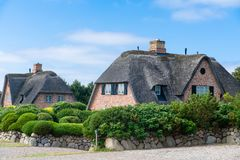 Free Typical House With Straw Roof In Small Village On Sylt Island, Germany Royalty Free Stock Photography - 152624477
