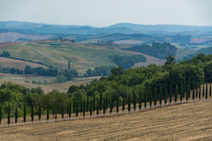 Typical landscape in Tuscany, farmhouse on the hills of Val d'Or Royalty Free Stock Photos
