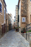 Typical small alley in town Estellencs on Majorca Royalty Free Stock Photos