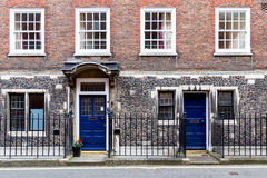 Typical street scene in the central London district with familia Royalty Free Stock Photography