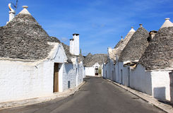 Typical trulli street in Alberobello, Italy Stock Photography