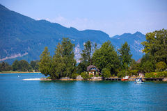 Typical Vacation Lodge on Wolfgang See lake shore, Sankt Wolfgan Royalty Free Stock Photos
