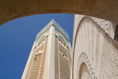 Typisch buitendetail van Moskee in Casablanca stock foto