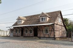 Typisch Duits helft-Betimmerd Historisch Huis Stock Afbeelding