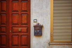 Typisch huis in Bosa, Sardinige, Italië Stock Afbeeldingen
