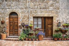 Typisch huis van Sovana, middeleeuws dorp van Toscanië Royalty-vrije Stock Foto's