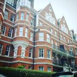 Typisch London. Häuser Backstein England rot wei Stock Photo