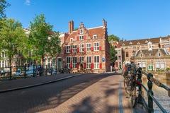 Typische Ansicht von Amsterdam stockbild