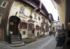 Typische architectuur in Kufstein Stock Afbeeldingen