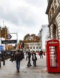 Typische bezige dag in Londen stock afbeeldingen