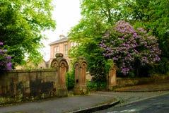 Typische britische Villa Lizenzfreies Stockfoto
