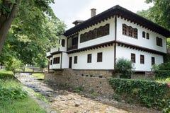 Typische Bulgaarse architectuur van de periode van Ottomaneempiri Royalty-vrije Stock Afbeeldingen