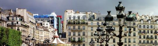 Typische de straatmening van Parijs, de zomerdag Royalty-vrije Stock Afbeeldingen
