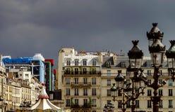 Typische de straatmening van Parijs, de zomerdag Stock Afbeelding