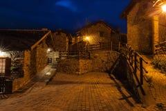 Typische dorpsstraat in de provincie van Vallei Aosta in Italië Stock Foto