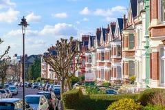 Typische englische Reihenhäuser in West-Hampstead, London Lizenzfreies Stockfoto