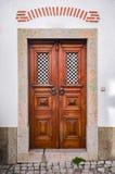 Typische Ericeira-Tür lizenzfreies stockfoto