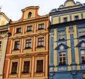 Typische Fassaden von Häusern im Stadtzentrum von Prag, Tschechische Republik Prag wird eine der schönsten Städte im Eu betrachte Stockbilder