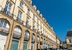 Typische Franse gebouwen in de stad van Rennes stock afbeelding