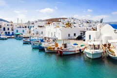 Typische Griekse eilanden, dorp van Naousa, Paros-eiland, Cycladen Royalty-vrije Stock Afbeeldingen