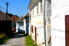 Typische Häuser im Dorf Rosia Montana, Siebenbürgen Stockbilder