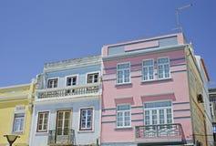 Typische Häuser von Lagos in Südportugal Lizenzfreie Stockfotos