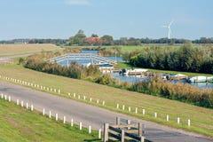 Typische holländische landwirtschaftliche Landschaft Lizenzfreie Stockbilder