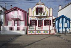 Typische huizen van Costa Nova, Aveiro, Portugal Stock Afbeelding