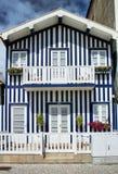 Typische huizen van Nova Costa Stock Afbeeldingen