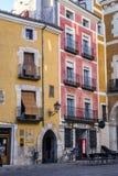 Typische huizenbouw in de oude stad van de stad van Cuenc Stock Foto