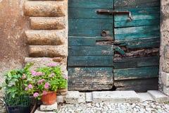 Typische Italiaanse deur, Lazio, Italië Royalty-vrije Stock Fotografie
