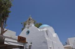 Typische Kirche mit dem blauen Dach auf Chora-Insel von Mykonos Arte History Architecture Lizenzfreies Stockbild