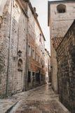 Typische Kotor-straat, Montenegro royalty-vrije stock foto