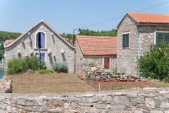 Typische kroatische Steinarchitektur Stockfotografie