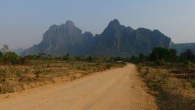 Typische Laos-Natur und -berge stockfotos