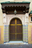 Typische marokkanische Tür Lizenzfreie Stockfotos