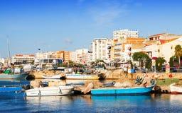 Typische mediterrane stad van haven L'Ampolla Stock Afbeeldingen