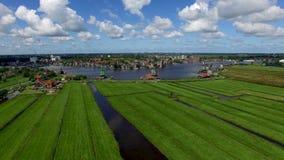 Typische Nederlandse landschappen stock footage
