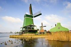 Typische Nederlandse Zaagmolen royalty-vrije stock fotografie