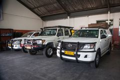 Typische off-road auto's bij huurbedrijf in Windhoek, Namibië royalty-vrije stock afbeeldingen