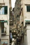 Typische schmale Straße von Italien Stockfoto
