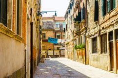 Typische stadswerf in VENETIË, ITALIË stock foto